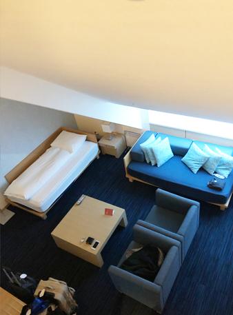 メゾネットルーム(2階から見たところ)